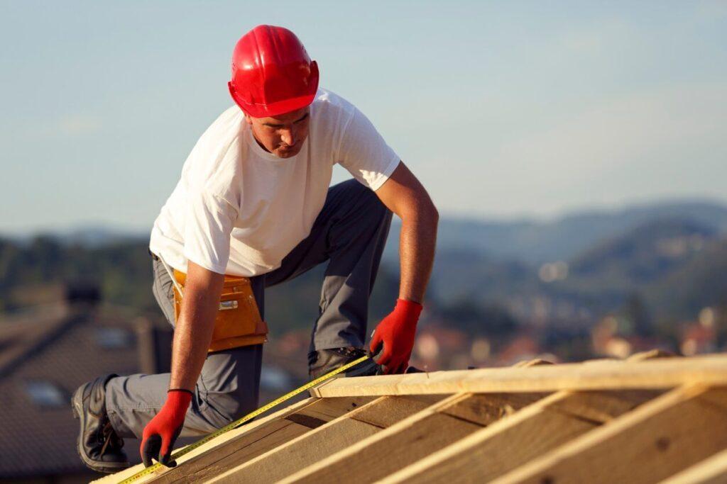 Metal Roofing Contractors-Florida Metal Roofers of Hialeah