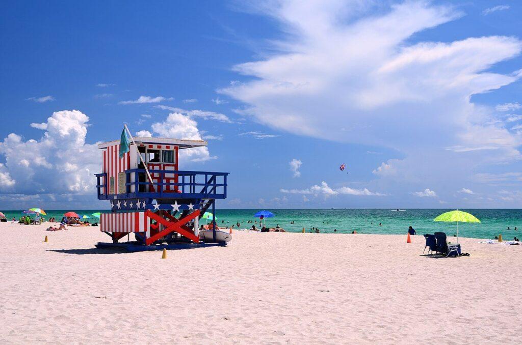 Miami-Dade County FL-Florida Metal Roofers of Hialeah